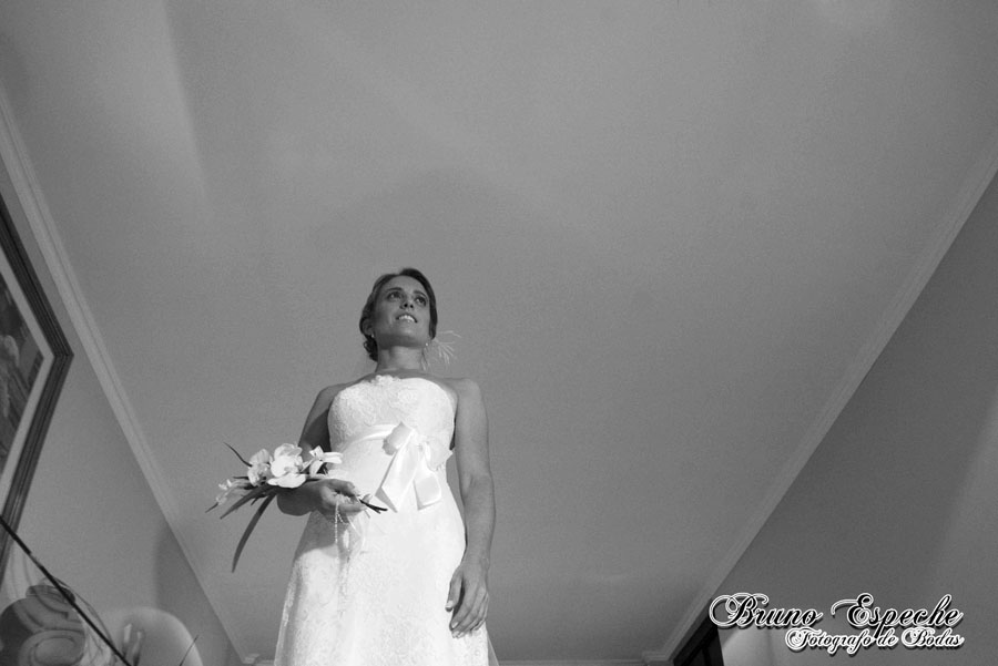 mercedes-juan-vigo-arnao-getting-ready-salto-bruno-espeche-pela-fotografo-wedding-photo-destination-destino-fotos-casamento (14)