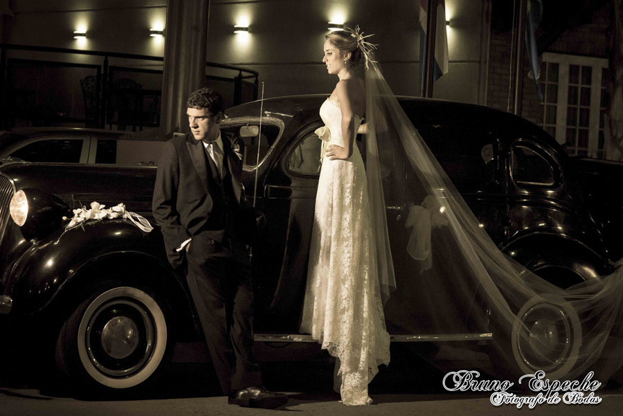 mercedes-juan-vigo-arnao-jump-bruno-espeche-peel-fotografo-wedding-photo-destination-destination-photos-wedding-salon-evento-photographer (9)